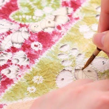 改めて「辻が花」とは・・・【 縫い締めと墨書きで・・・心和らぐ「辻が花」の世界 】